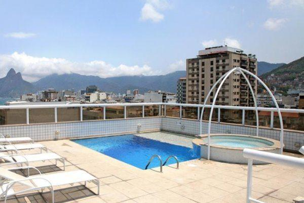 Atlantis Copacabana Hotel | Rooftop Pool