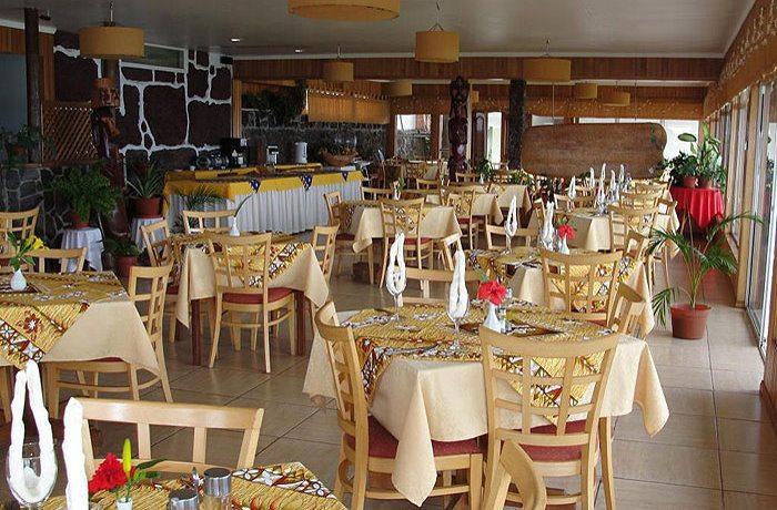 Iorana Hotel | Al Fresco Restaurant