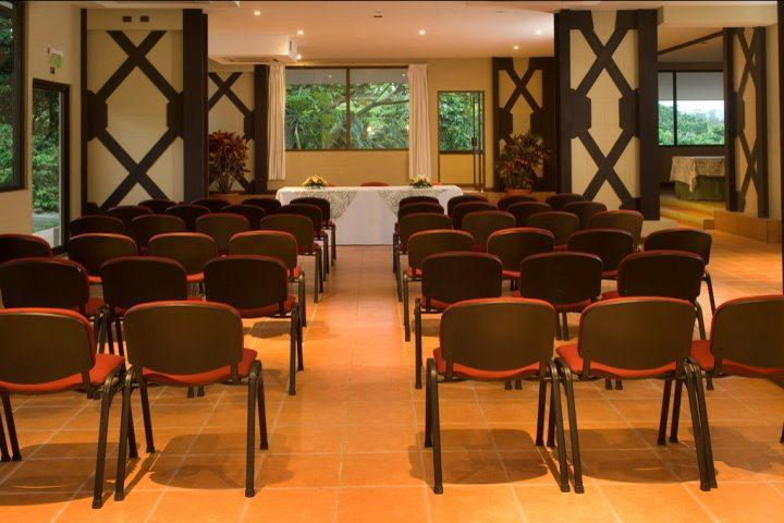 Arenal Kioro Suites & Spa | Meeting Room