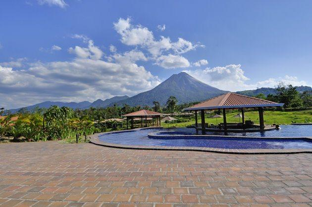 Arenal Manoa Hotel | Pool