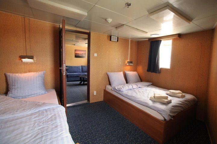 Ortelius | Superior Cabin