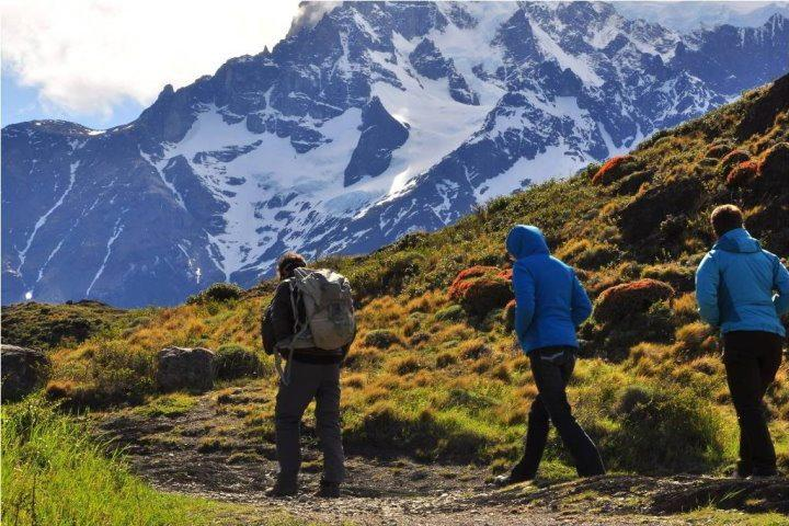 The Singular Patagonia | Excursion Trekking Torres del Paine