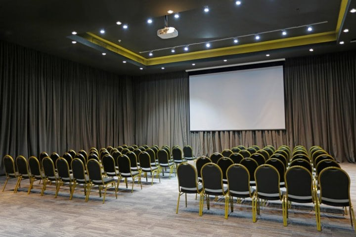 Hotel Cumbres Lastarria | Meeting Room