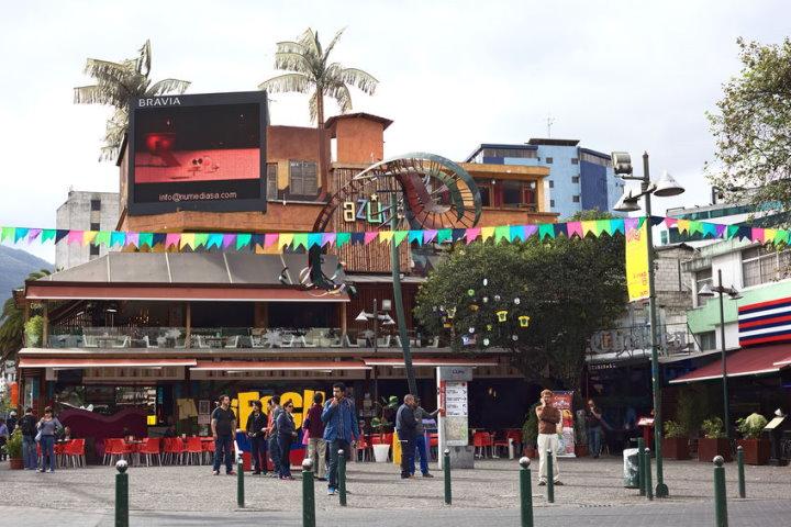 Plaza Foch, New Town, Quito, Ecuador